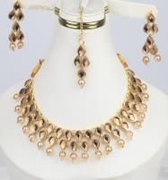 Jewellery Set Pearl and Stone Work - (3 in 1) Necklace, Earrings & Maang-Tika (PS-292) Price in Pakistan