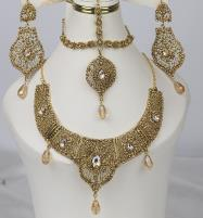 Stylish Golden Jewelry Set Design 2021 For Women (PS-354) Price in Pakistan