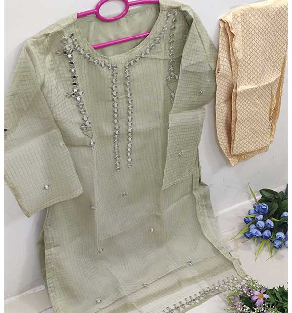 Stitched EID Organza Collection With Banarsi Trouser (Stitched) (CHI-452)