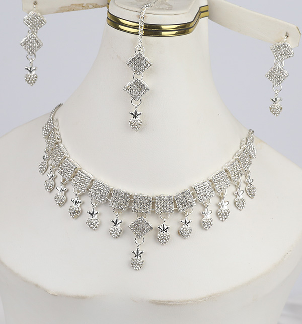 Silver Necklace Set With Earring For Girls (PS-307)
