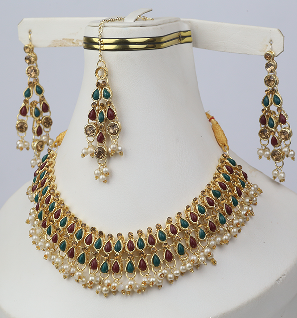 Stylish Jewellery Set with Matha Patti For Girls (PS-267)